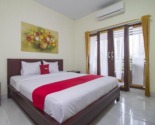 Hasil gambar untuk hotel reddoorz bali