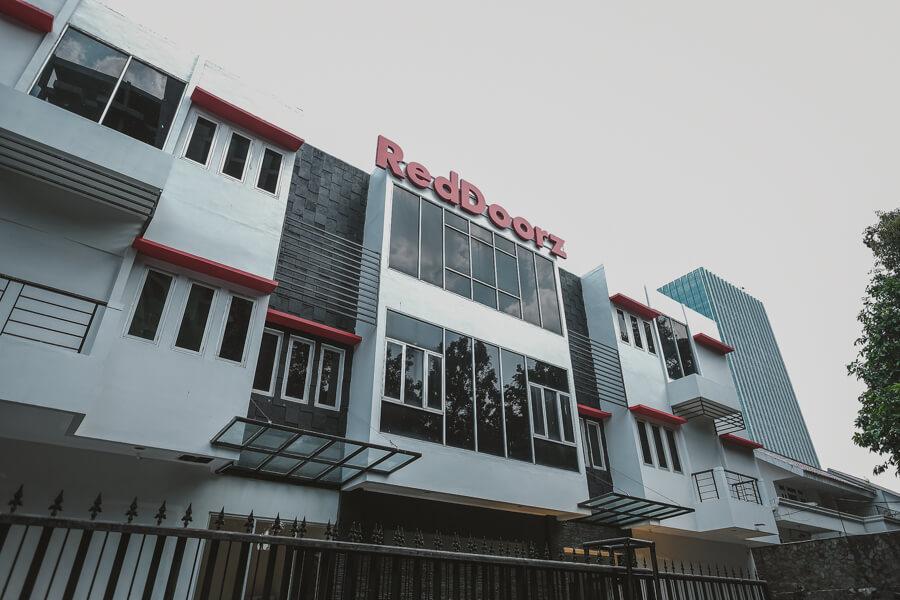 Reddoorz Plus Near Plaza Blok M Harga Mulai Dari Rp 99k
