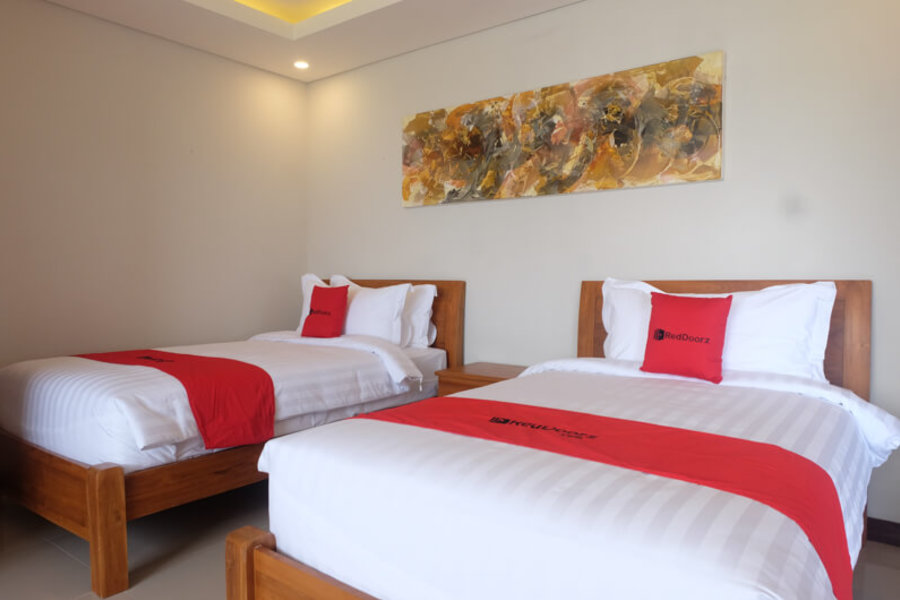 Reddoorz Plus Near Canggu Beach