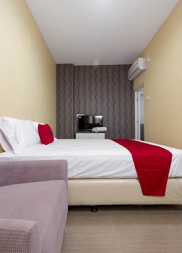 reddoorz plus cipete damai jakarta book budget hotel rp149k rh m reddoorz com
