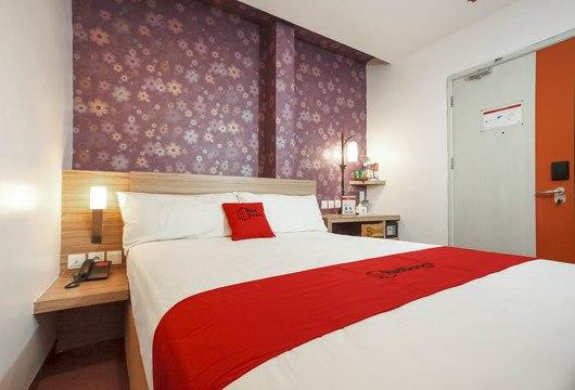 RedDoorz Raya GubengSurabaya Booking Hotel Murah Mulai 189rb