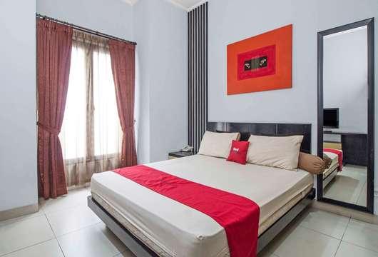 RedDoorz Tebet BaratJakarta Book Budget Hotel Rp125K